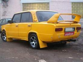 Lada m.spoilers - geltonas_nelambo