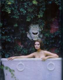 sophia Loren in bath