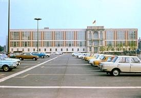 Berlin - Marx-Engelsplatz 1977