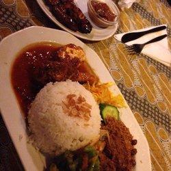 Bojo maaltijd Rames
