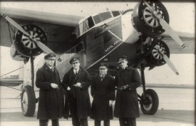 212611 - Fokker F-XVIII KLM with crew Scan10032