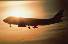 214030 - Boeing 747 - tegenlichtopname in air Scan10110