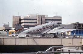 21243 MDC DC-3 Nor Fly  65371 FRA 0879Scan10712