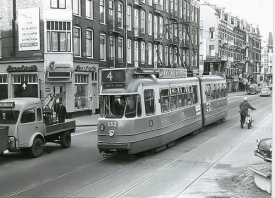 Amsterdam - Van Woustraat met tram 4 552