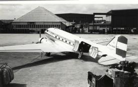 33158 - MDC C-47 PH-DAA KLM at old Spl Scan10003