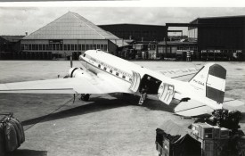 33158 - MDC C-47 PH-DAA KLM at old Spl Scan10003