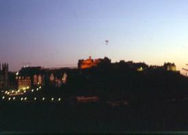 ANM - 13 - Edinburgh 1993 - avondblik op Castle Scan10018