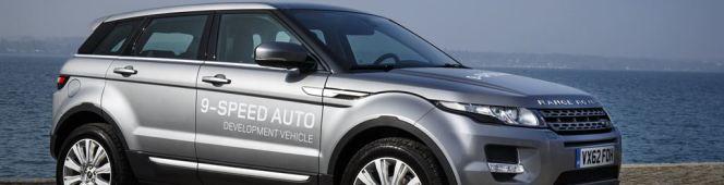 Ploegt overal doorheen;Land-Rover!